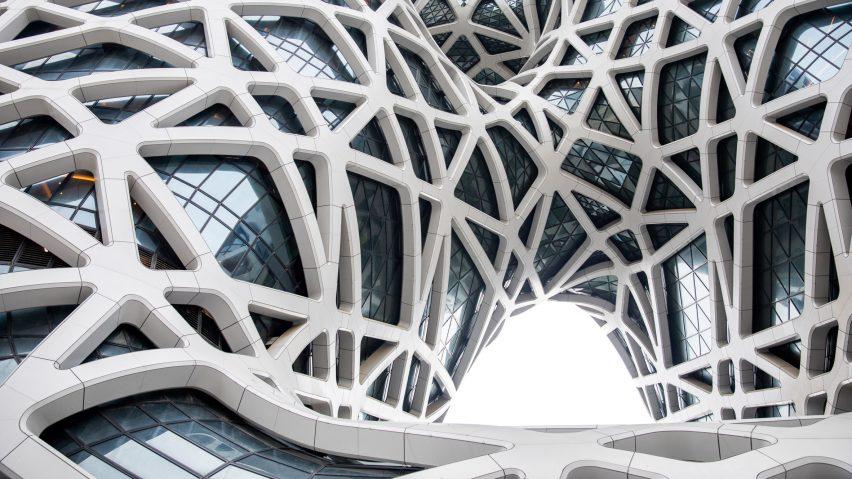 prosmorpheus-hotel-zha-architects-architecture-photo-ivan-dupont_dezeen_2364_hero_b-852x479.jpg.b33cc57acc5b7c0e9e896358e2b46262.jpg